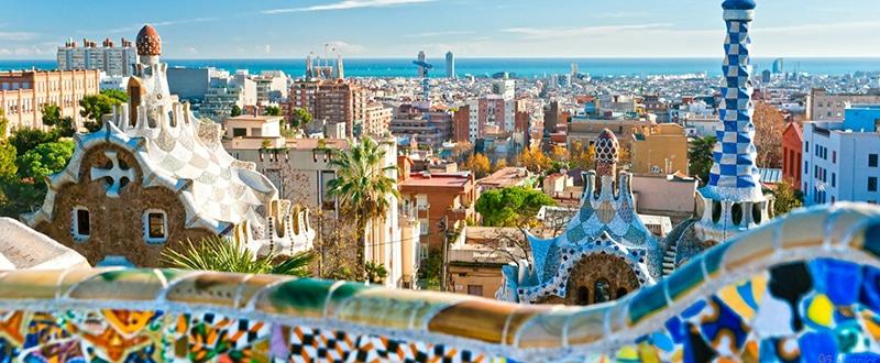 parc guell barcelona spain 1600x900 1 - Guía de lujo a Barcelona