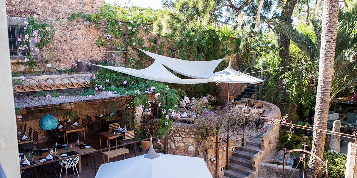 20 restaurantes para celebrar el amor mallorca inside for Restaurante jardin mallorca
