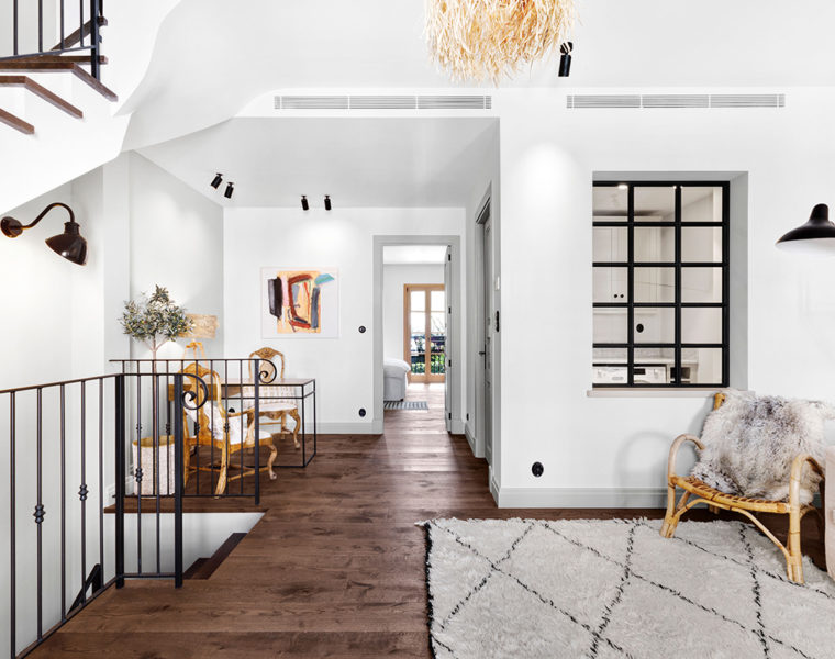 Restored Santa Catalina townhouse built by Alibaz Construction